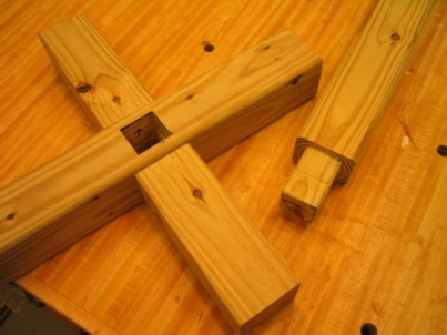 how to make a wooden cross stand up