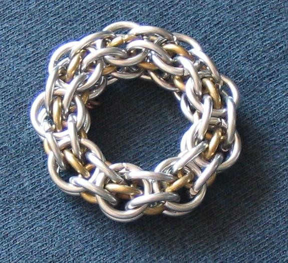 Captive 2 in 1 Chain (3.4, 4.7 AR) Formed Into a Rigid Ring.